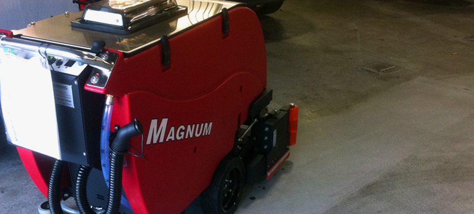 factory-cat-industrial-floor-scrubber-model-magnum